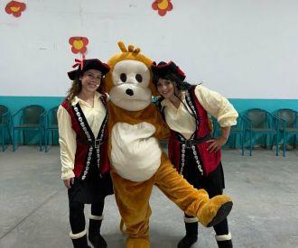 La Pirata Clotilde y los Pequemusicos Bucaneros