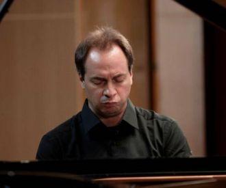 Chopin- Concert del pianista Massimo Folliero