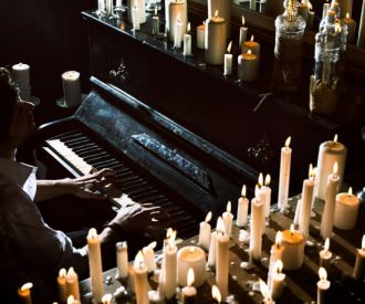 1 Piano y 200 Velas by David Gómez